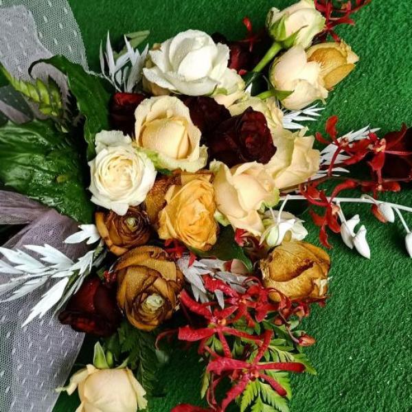 FD 256 Bridal Bouquet