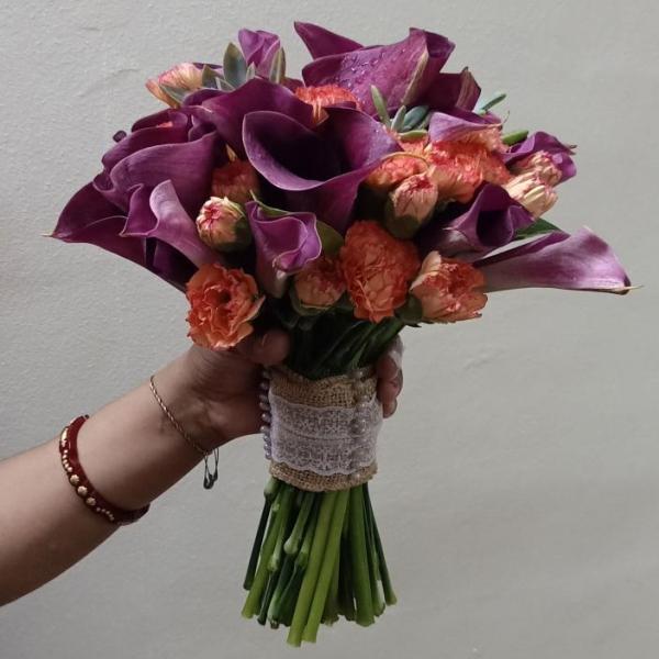 FD 33 Bridal Bouquet