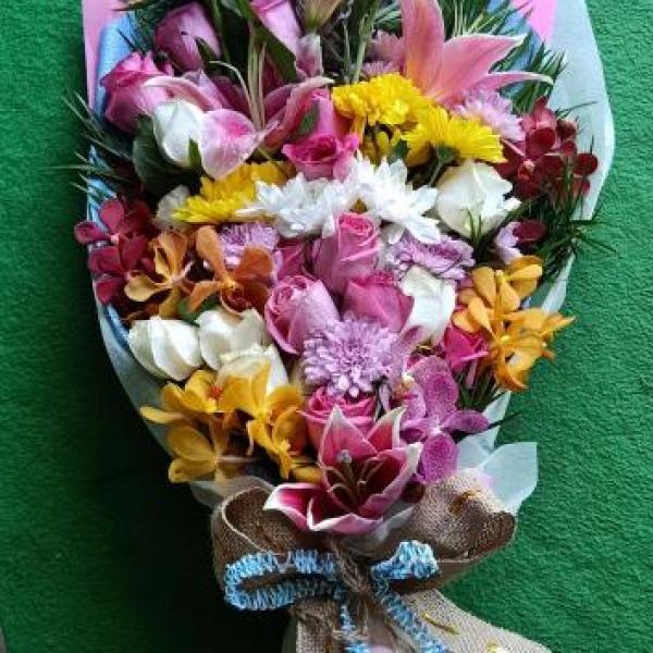 FD 262 Flat Bouquet